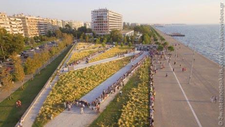 Πανοραμικές λήψεις από επίδειξη μόδας στη Θεσσαλονίκη